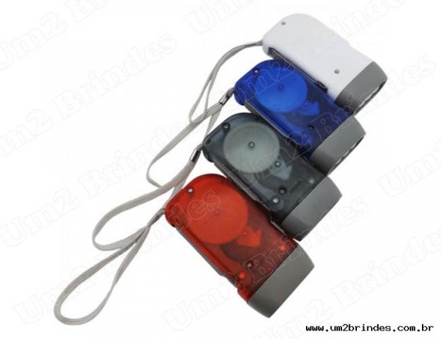 Lanterna de dínamo com 3 leds